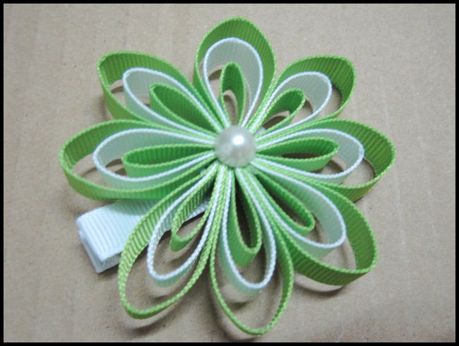 Ribbonflower Green/White